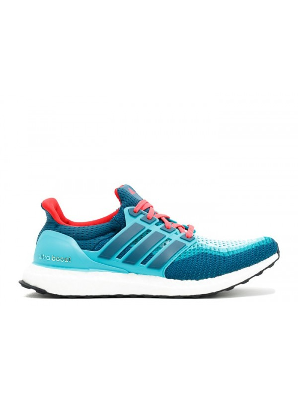 ADIDAS ULTRA BOOST LIGHT BLUE